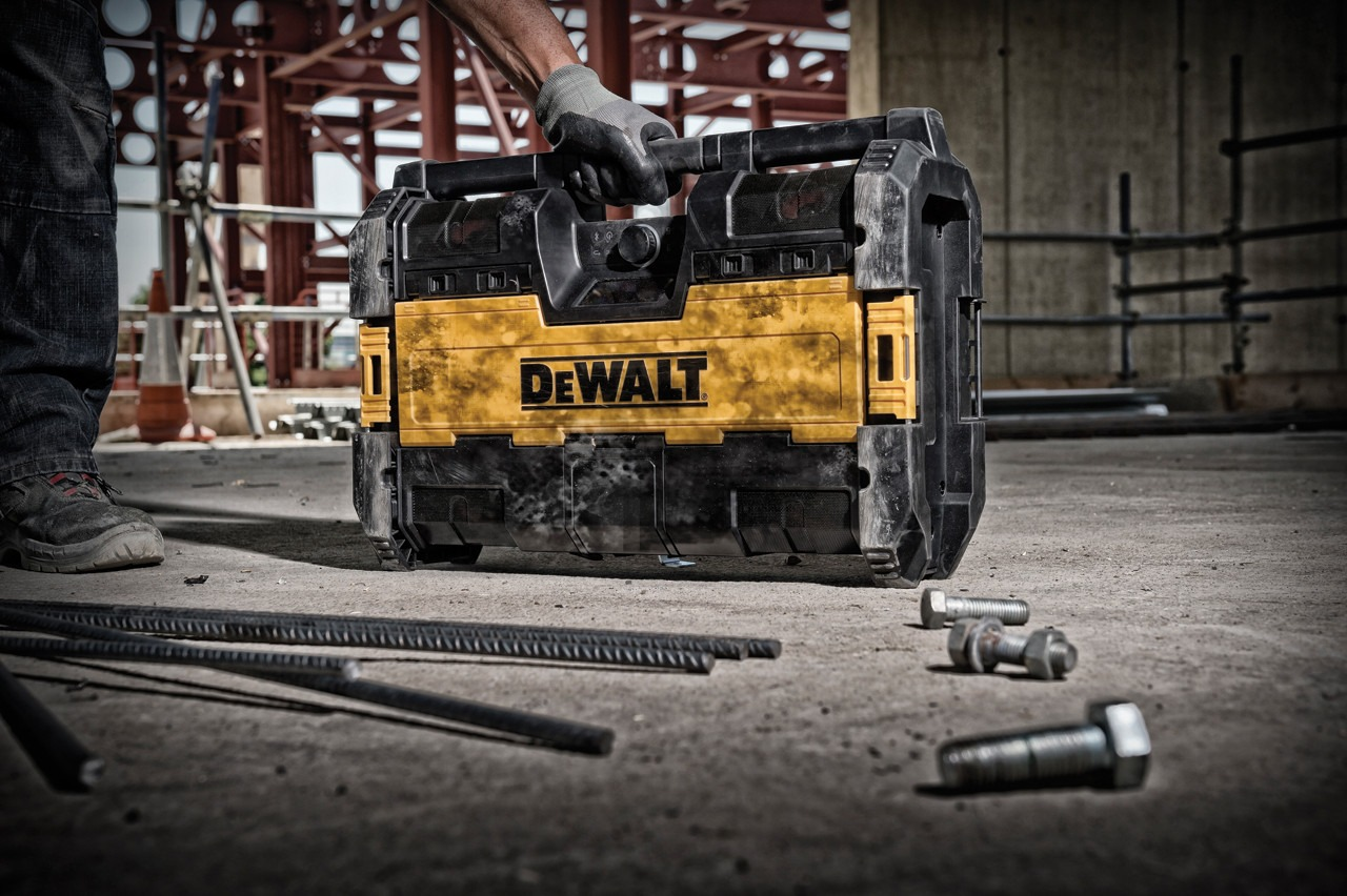 DeWalt ToughSystem Radio plus XR lader bouwradio 2